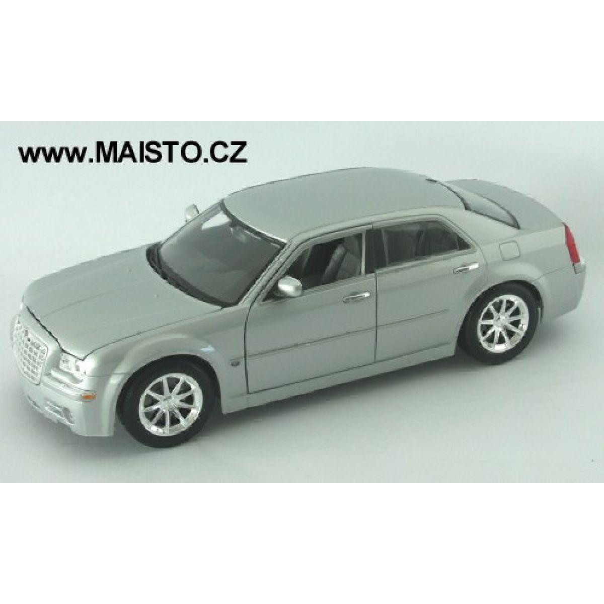 2005 Chrysler 300C Hemi 1:18 Maisto