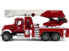 Bruder 02821 Nákladní auto Mack Granit Požární žebřík hasiči - Poškozený obal