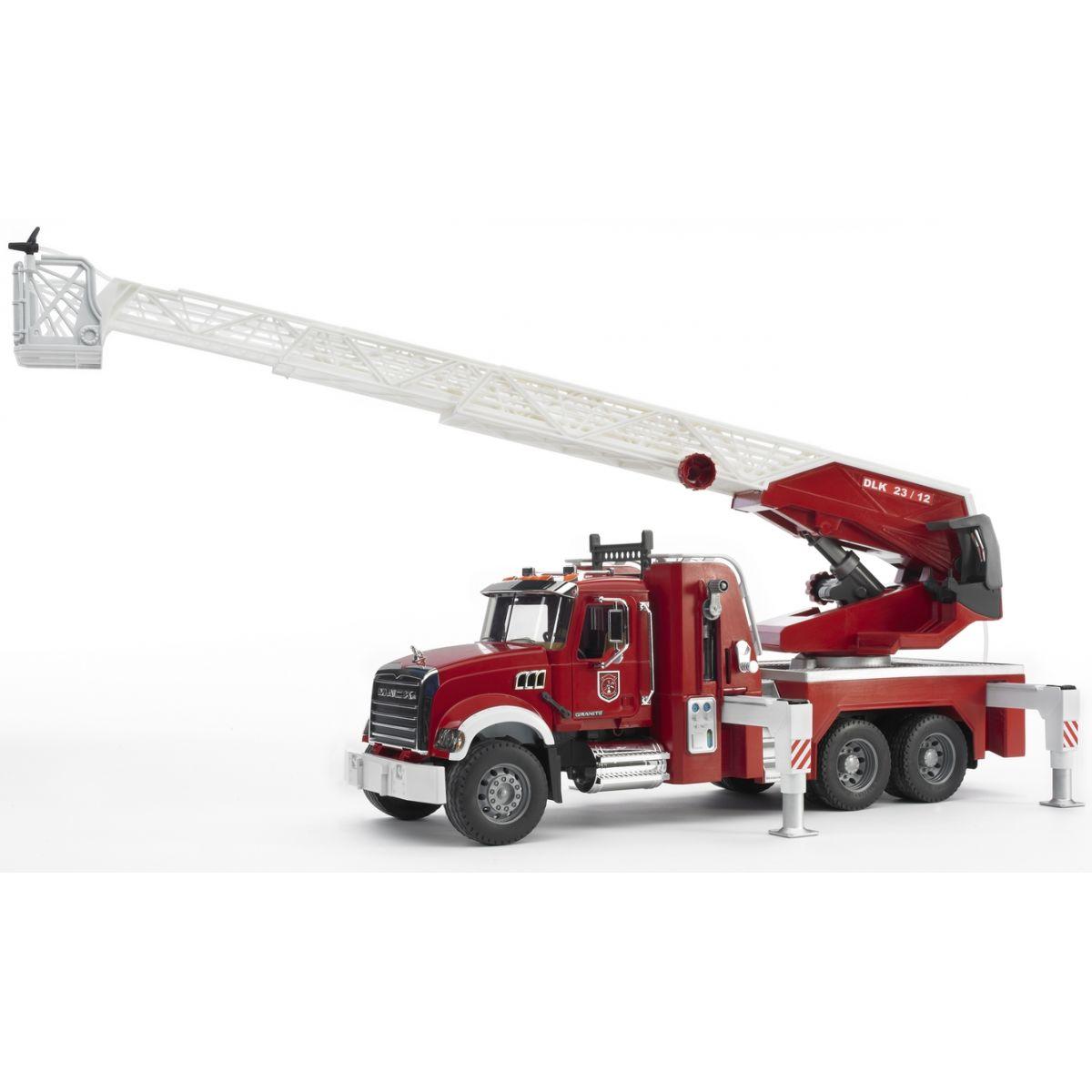 Bruder 02821 Nákladní auto Mack Granit Požární žebřík hasiči