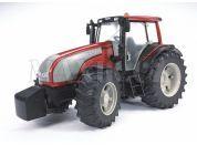 Bruder 03070 Traktor Valtra