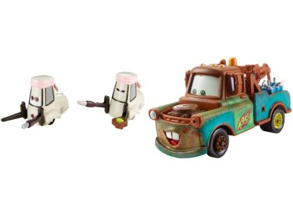 Cars 2 autíčka 2ks Mattel Y0506 - Mater s nádržemi allionolu a Tsashimi