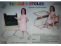 Dřevěné hračky Jaroš Dřevěná magnetická tabule a stolek 2v1 2