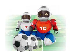 Dva Roboti s míčkem na dálkové ovládní a dvěma brankami