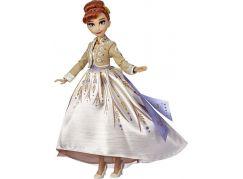 Hasbro Frozen 2 Panenka Anna Deluxe
