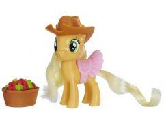 Hasbro My Little Pony Poník s kouzelnickými doplňky Applejack