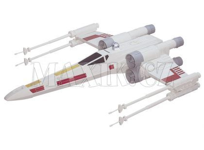 Hasbro Star Wars X-Wing Fighter Vesmírná loď
