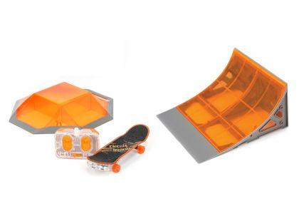 Hexbug  Skateboard s motorem a rampou