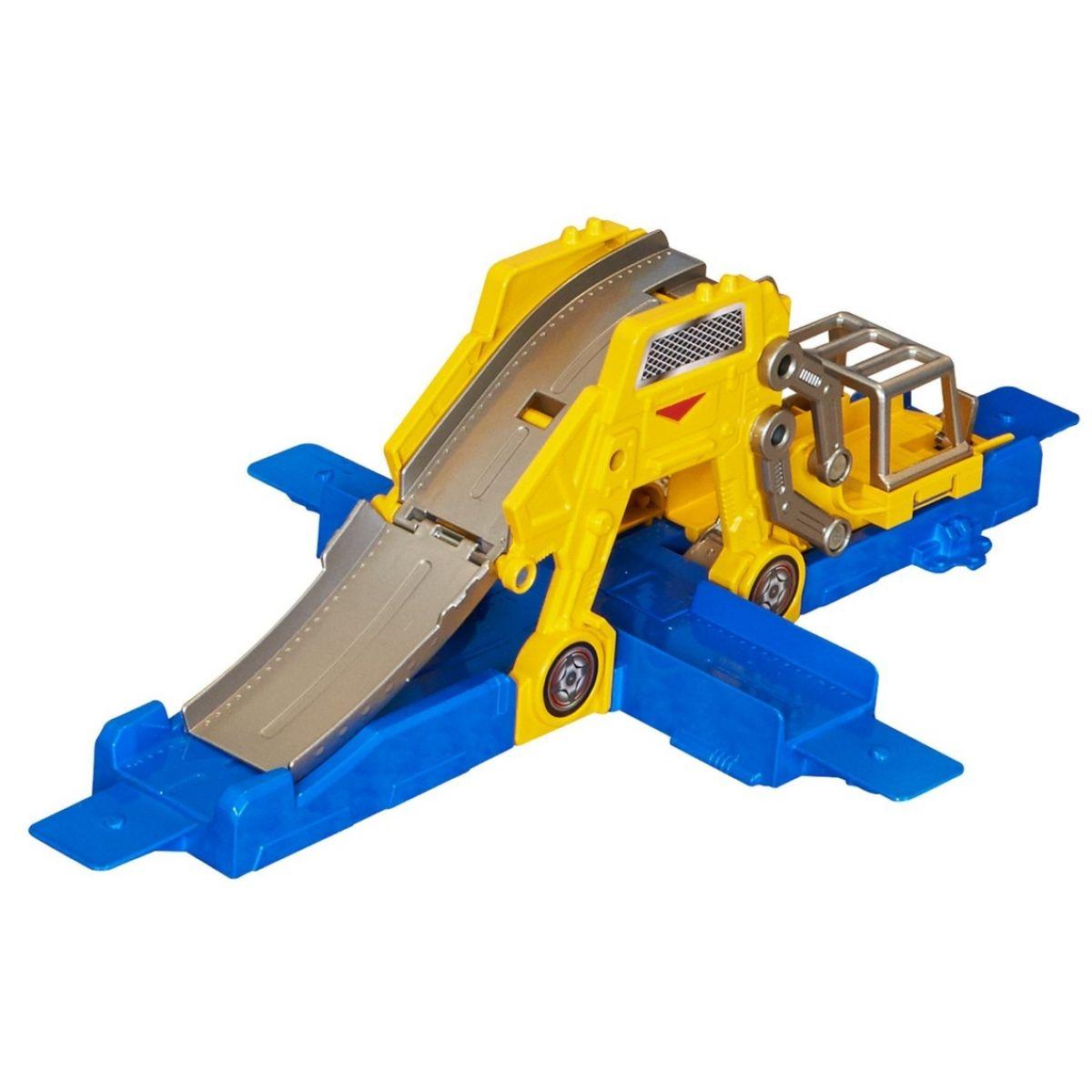 Hot Wheels BGX75 Track Builder střední set - Zvedni a vystartuj