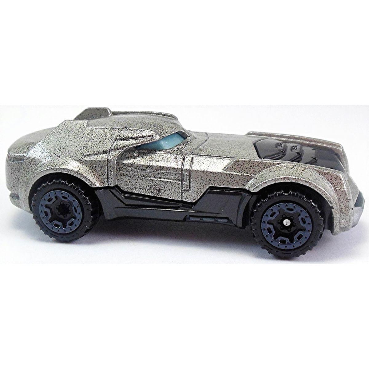 Hot Wheels DC kultovní angličák Armored Batman