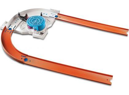 Hot Wheels Track builder doplňky a dráhy - DJD67 Turn Kicker