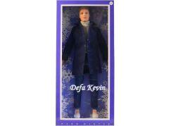 Kevin ve stylovém oblečení černý kabát