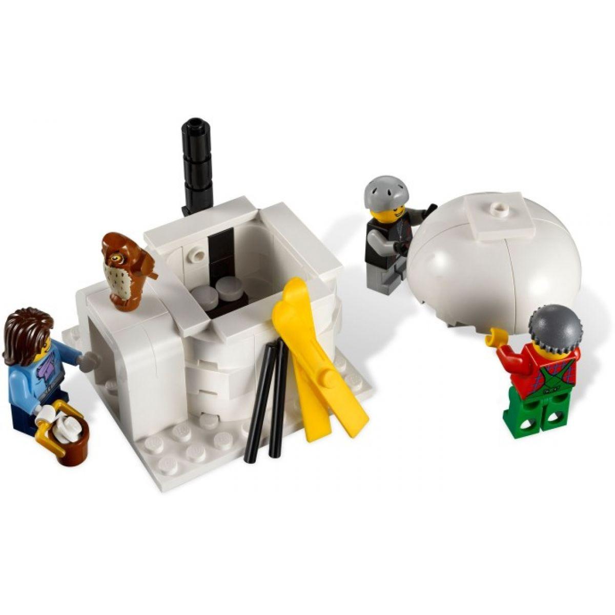 LEGO Creator 10229 Zimní chalupa #7