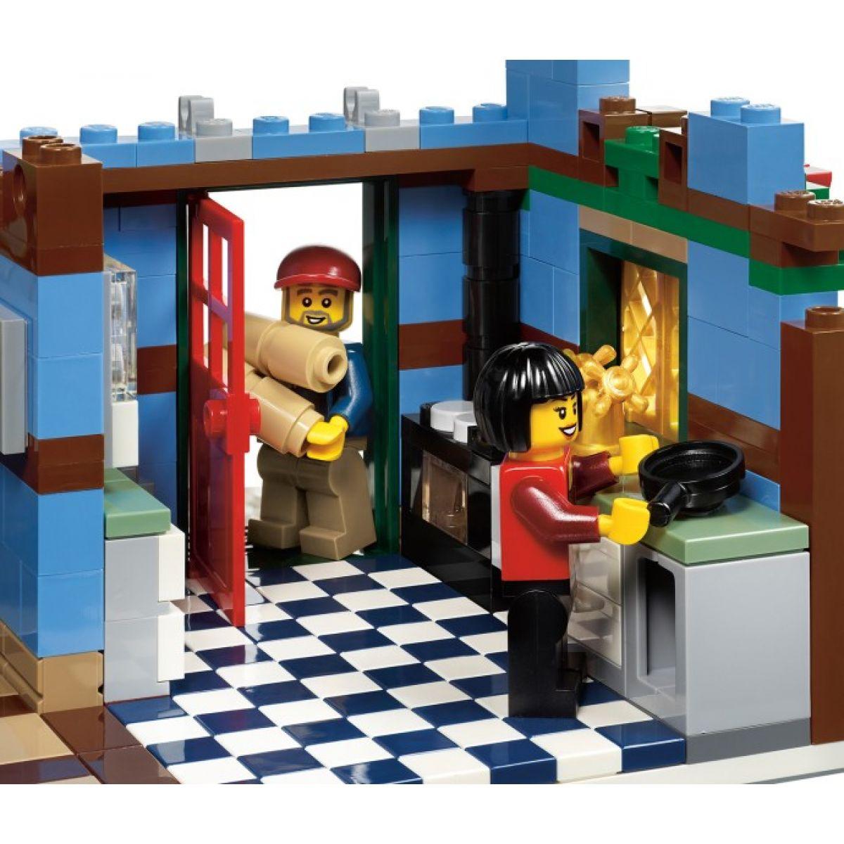 LEGO Creator 10229 Zimní chalupa #8