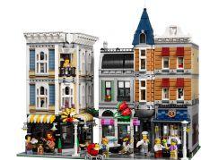 LEGO Creators 10255 Shromáždění na náměstí