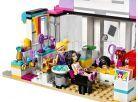 LEGO Friends 41093 Kadeřnictví v Heartlake 4