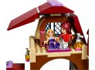 LEGO Friends 41126 Jezdecký klub v Heartlake 5