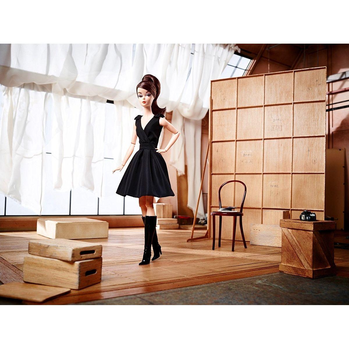 Mattel Barbie sběratelská Silkstone černé šaty #4