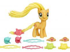 My Little Pony Poník s kadeřnickými doplňky AppleJack