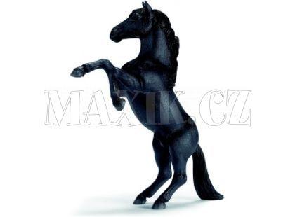 Schleich 13624 Kůň Mustang černý