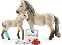 Schleich 42430 set hříbě a islandská klisna s lékárničkou