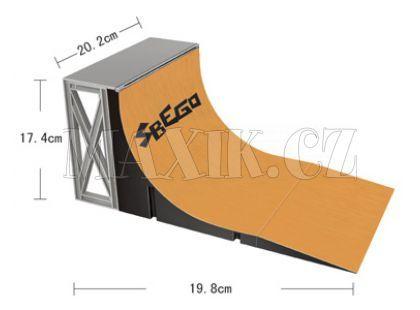 Skateboard mini dráha - Fingerboard