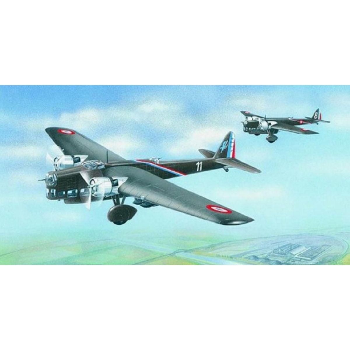 Směr Model letadla 1:72 Amiot 143
