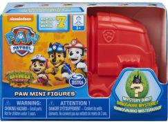 Spin Master Paw Patrol Dino mini figurky v náklaďáku červený