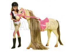 Steffi Love Panenka s koněm