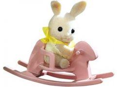 Sylvanian Families Baby příslušenství - štěně, méďa a králík si hrají doma - Králík