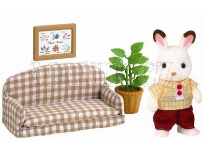 Sylvanian Families Nábytek chocolate králíků - taťka na pohovce
